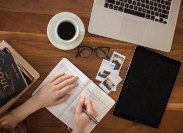 इंटरनेटवरून कौशल्य आत्मसात करण्याचे  १२ प्रभावी पर्याय